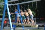 Blije Dries Speeltoestel familieschommel