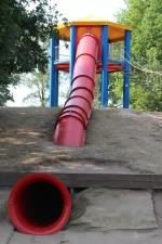 Blije Dries Ondergrondse glijbaan